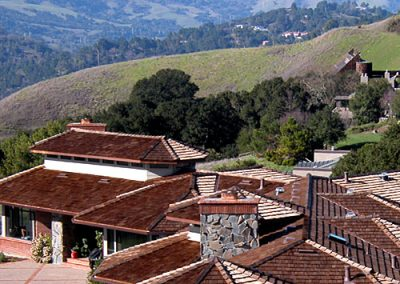 multiroof spano image of Wolf Creek Cedar's wood cedar roof work